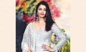 Aishwarya recalls how Abhishek proposed to her, Hrithik 's reaction