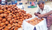 Molasses becomes boon for many Rajshahi people