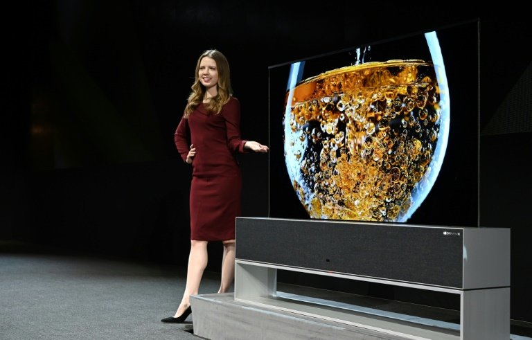 LG flexes roll-up TV as screens start to bend