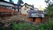 Nepal woman and children die in banned 'menstruation hut'