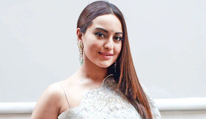 Sonakshi Sinha to start Dabangg 3 shooting