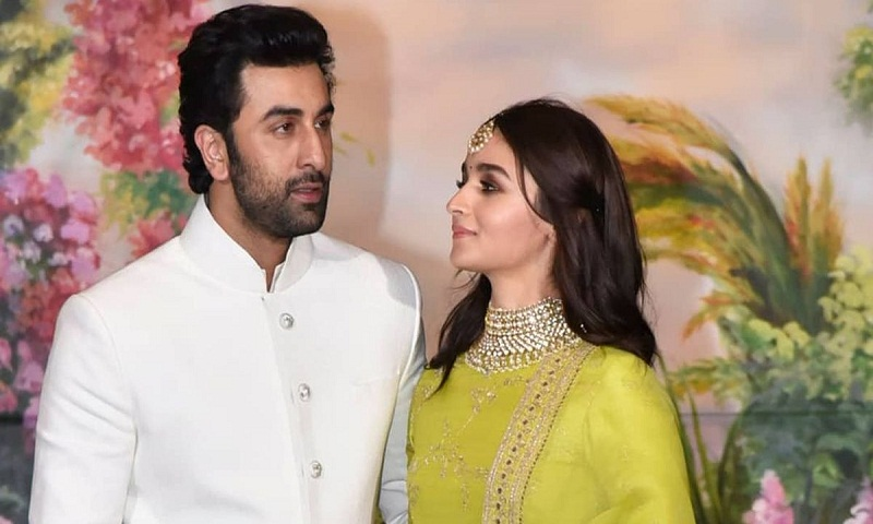 Is Alia Bhatt-Ranbir Kapoor to get engaged post Brahmastra?