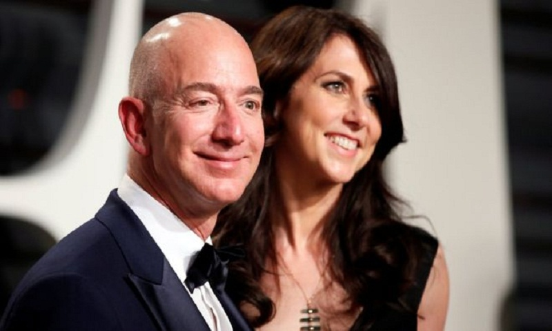 Amazon boss Jeff Bezos and wife MacKenzie divorce
