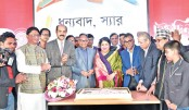 Dr Shirin Sharmin Chaudhury cuts a cake to mark the ninth founding anniversary of vernacular daily Kaler Kantho