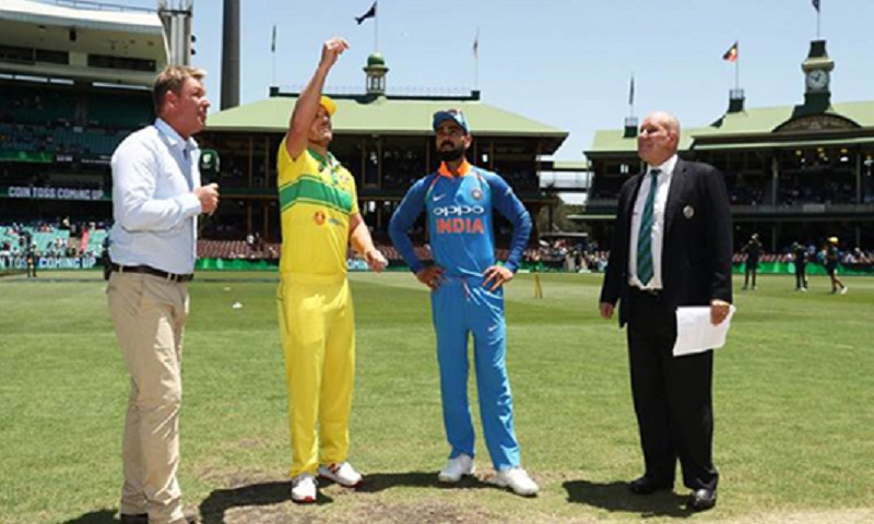 Australia win the toss and bat in 1st India ODI