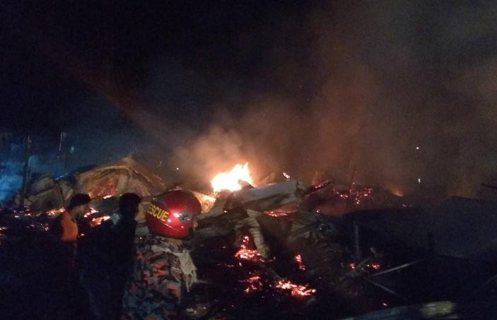 35 shops gutted in Bhola fire