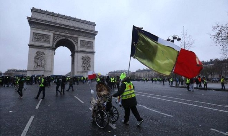 Gilets Jaunes stage ninth round of protests in France
