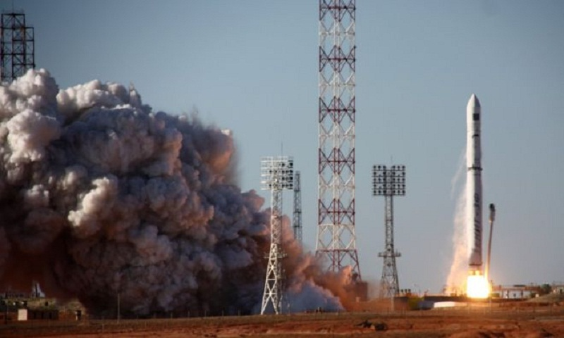 Spektr-R: Russia's only space telescope 'not responding'