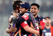 Chittagong Vikings beat Comilla Victorians by four wickets
