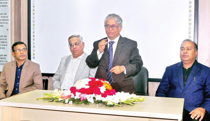 Dhaka University Vice Chancellor Prof Md Akhtaruzzaman speaks after inaugurating a digital classroom