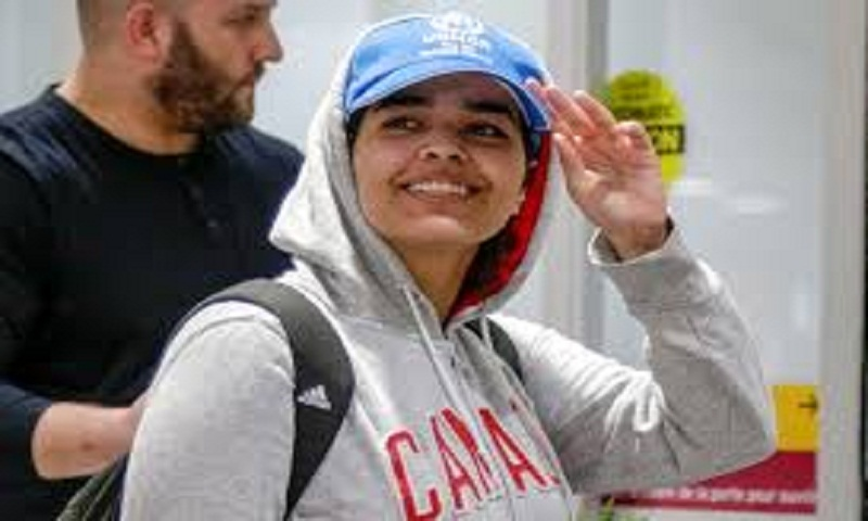 Rahaf Mohammed: Saudi teen says fleeing 'worth the risk'