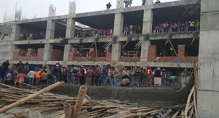 Construction worker killed, 7 injured in Kushtia medical college building collapse