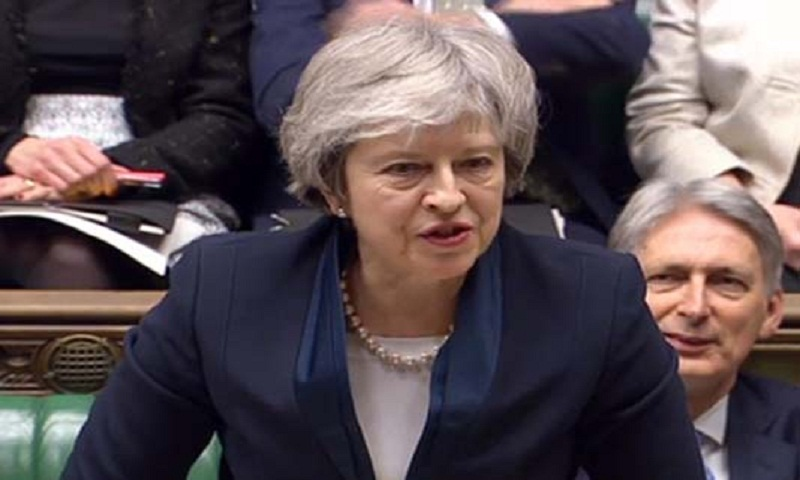 UK PM May reaches out to rivals in Brexit deadlock