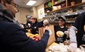 US shutdown after four weeks - food banks and job fairs