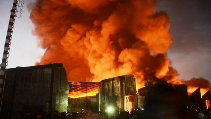 Fire breaks out at closed jute mill in Chattogram