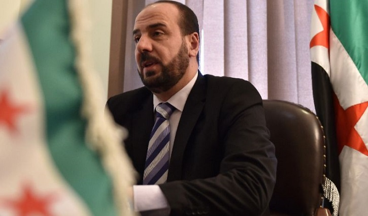 Syria opposition chief says peace efforts 'paralysed'