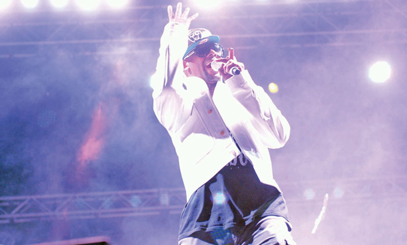 Sony Music drops US singer R Kelly