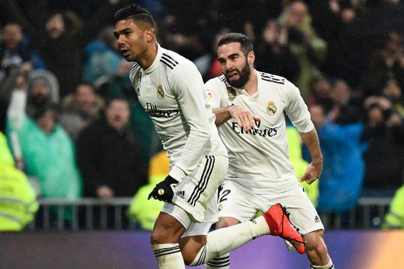 Casemiro wonder goal helps Real Madrid defeat Sevilla
