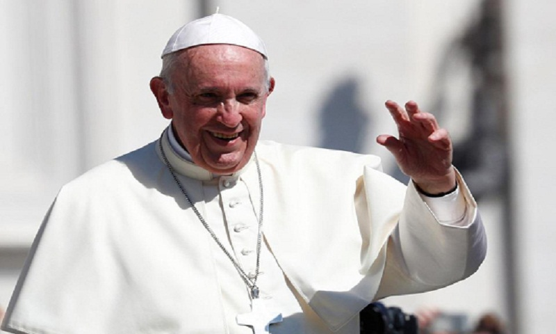 Pope heads to Panama for giant youth meeting