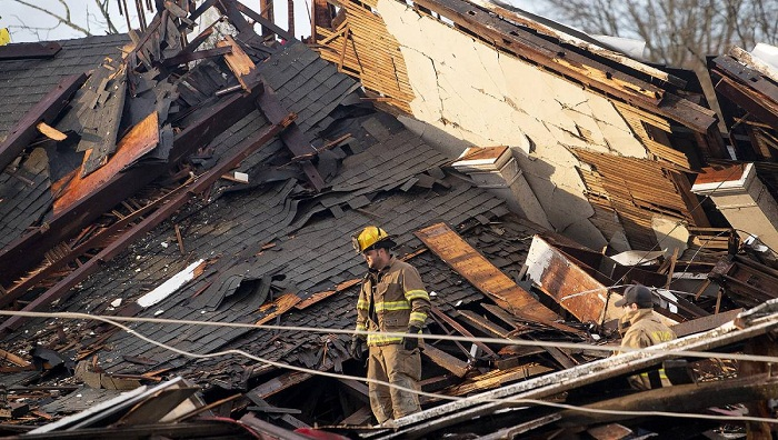 Tornados inflict damage in Alabama town, Florida Panhandle