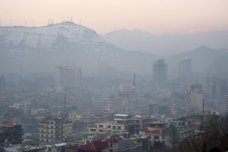 Kabul chokes on dirty air as temperatures plunge