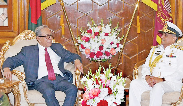 Outgoing Navy Chief Admiral Nizamuddin Ahmed calls on President Abdul Hamid