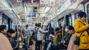 Tokyo metro offers free food to ease crowding