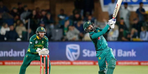 Tailender Hasan Ali help Pakistan post respectable total