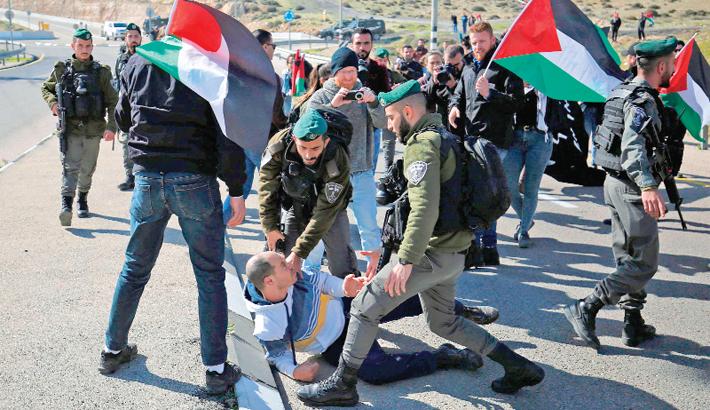 Israel blocks Gaza aid funds after  border flare-up