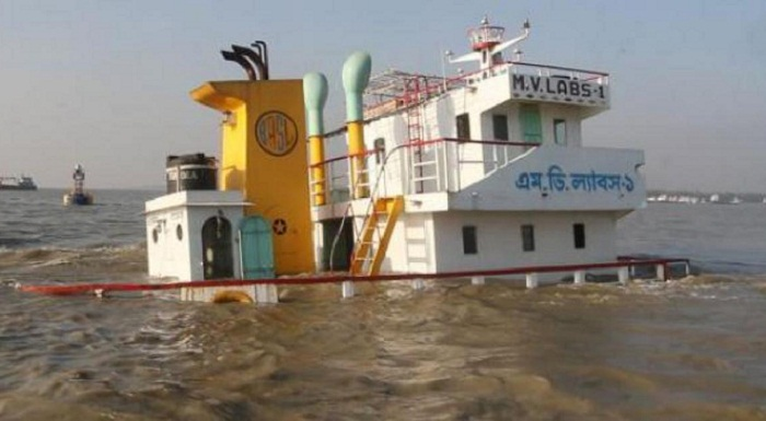One missing as 2 goods-laden vessels sink in Bay of Bengal