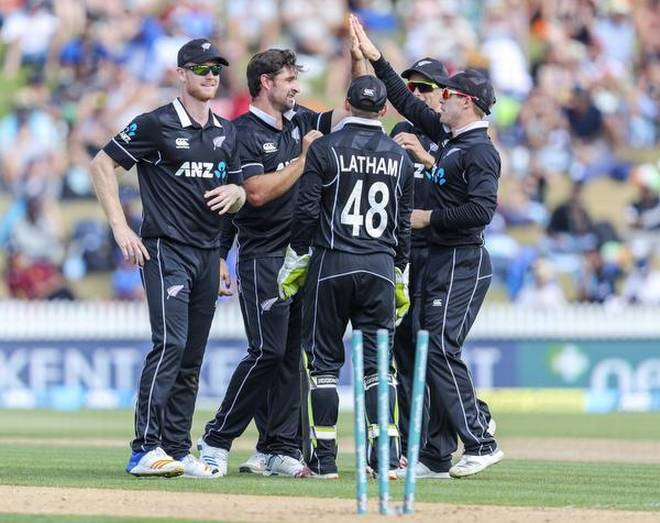 New Zealand beat India by 8 wickets in 4th ODI