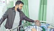 Bangabandhu's beloved hockey star Mohsin struggles to pay hospital bills