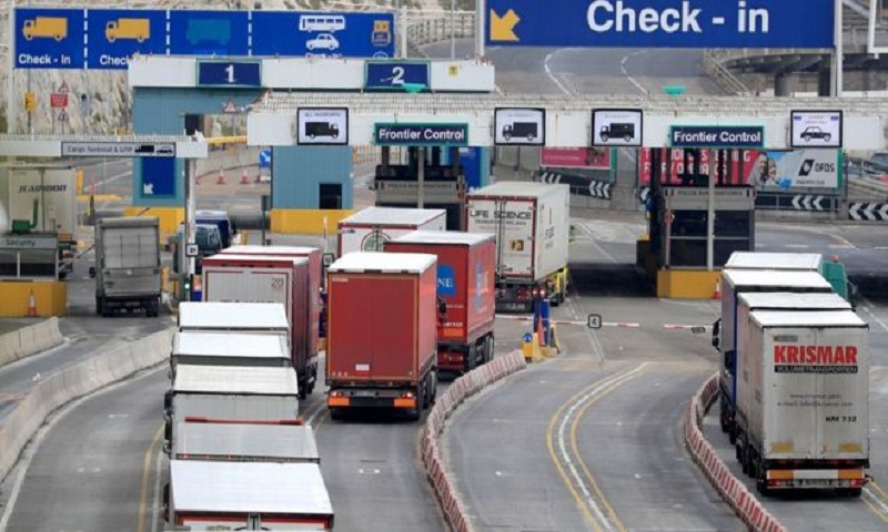 Brexit: Customs checks to be simplified in no-deal situation