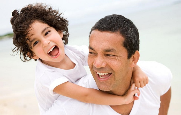 Dads are happier parents than moms