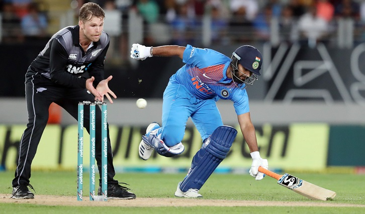 India beat New Zealand by seven wickets in second T20