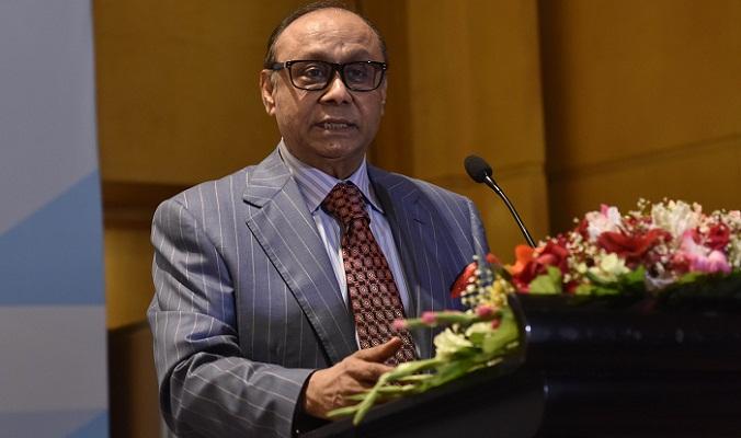 Bashundhara Group chairman urges govt at a loan deal signing