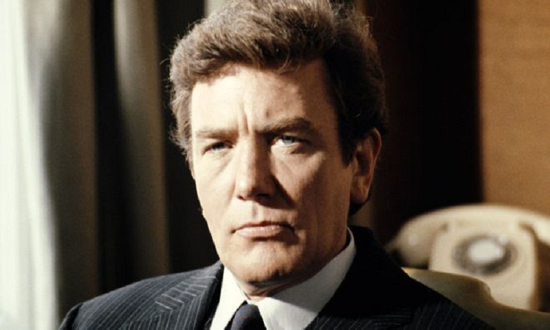 Albert Finney: British actor dies aged 82