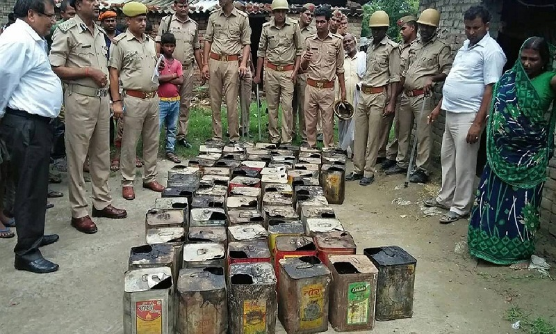 72 killed after consuming illicit liquor in India