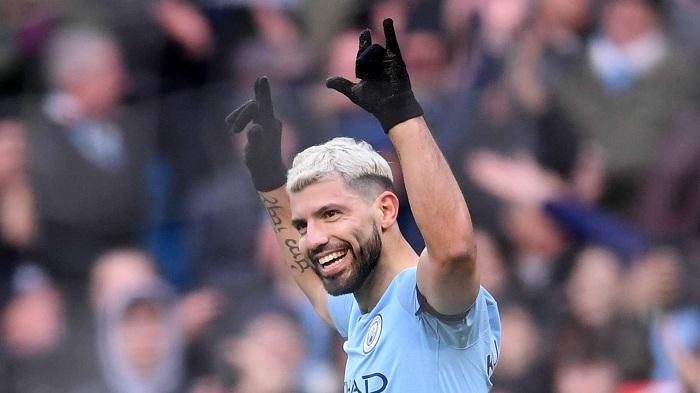 Man City reclaims top spot as Aguero hits historic hat-trick