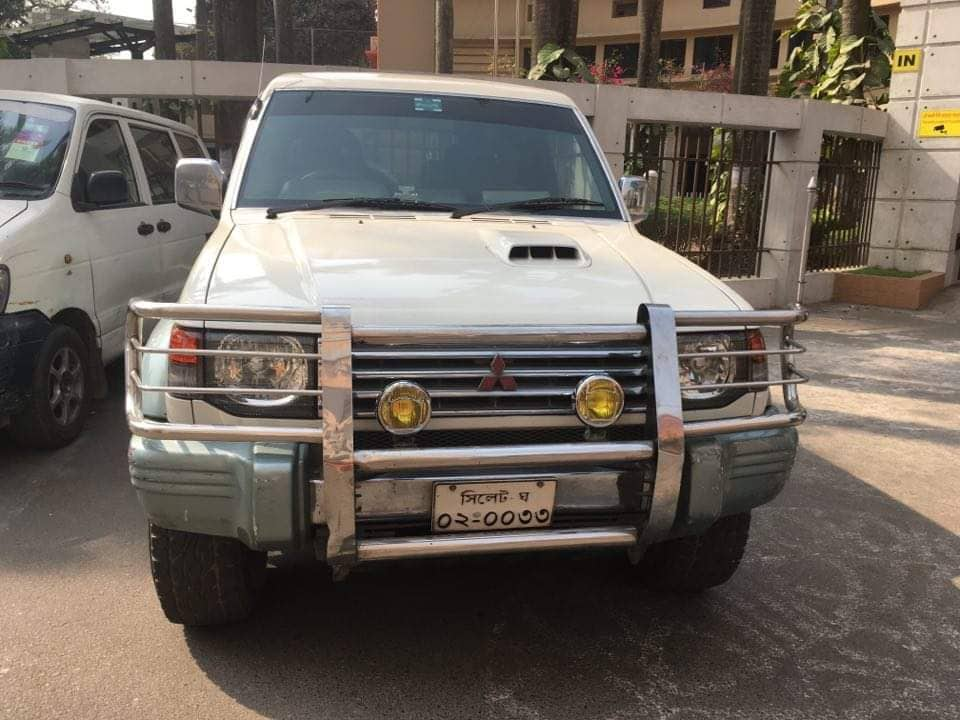 ACC seizes another govt car being used illegally by ex-PDB employee