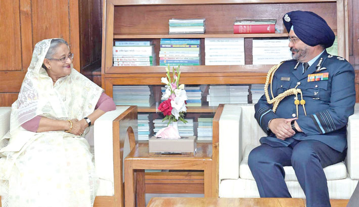 Chief of the Indian Air Force Air Chief Marshal Birender Singh Dhanoa calls on Prime Minister Sheikh Hasina