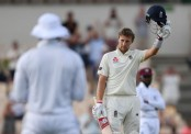 Root century boosts England lead to 448 runs on Day 3