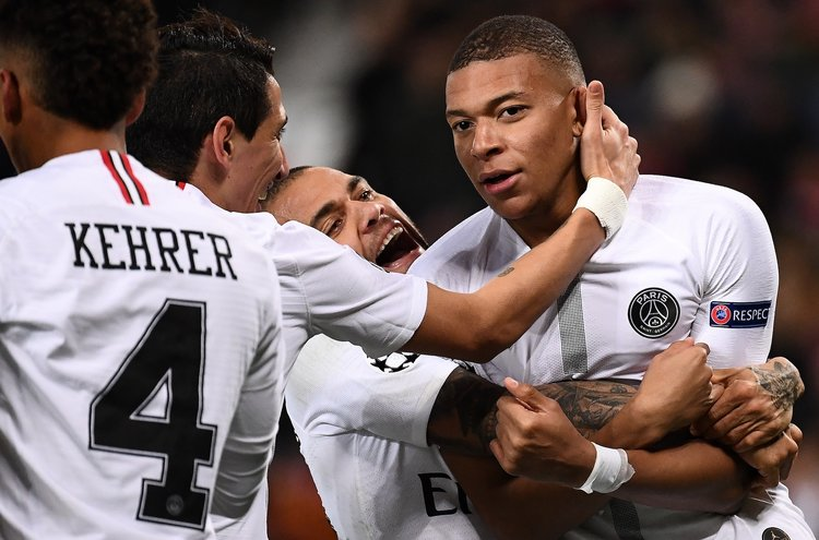 PSG end Man United's unbeaten run with 2-0 win at Old Trafford