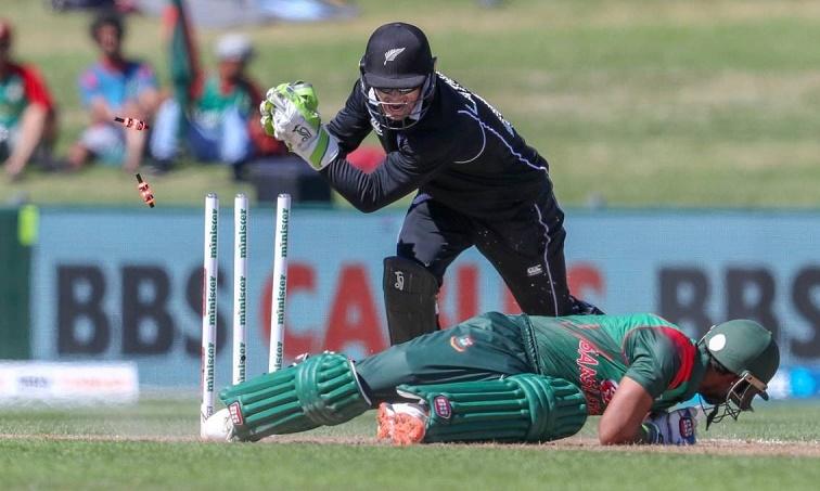 New Zealand restrict Bangladesh to 232