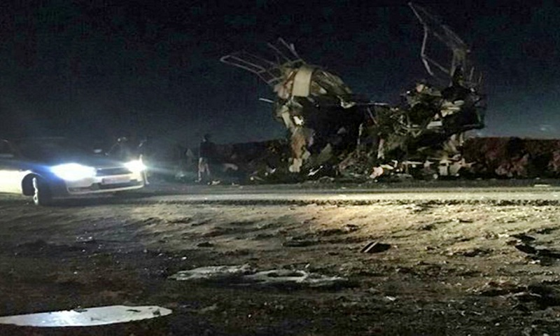 Iran bus bombing kills 27 revolutionary guards and wounds 13