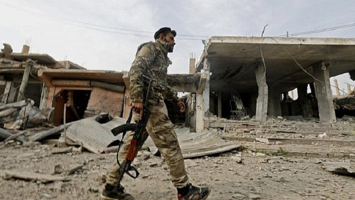 Syria jihadists trapped in last square kilometre