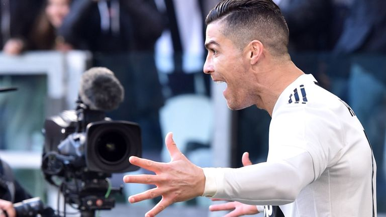 Ronaldo on bench as Juve warm up for Atletico against Frosinone