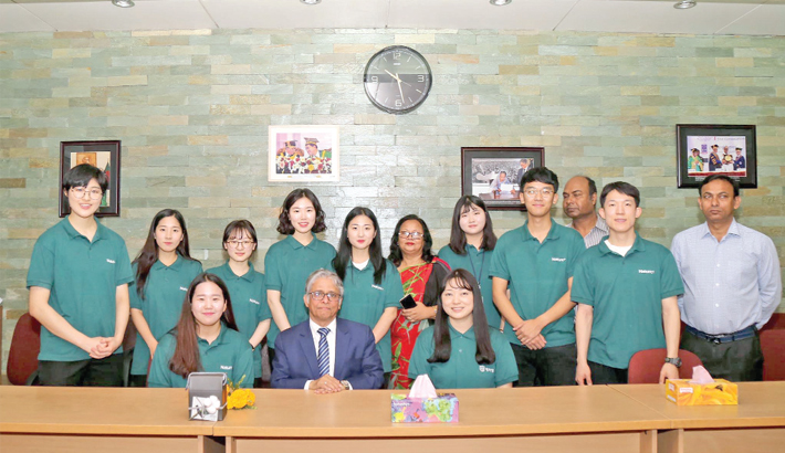 South Korean team  meets DU VC