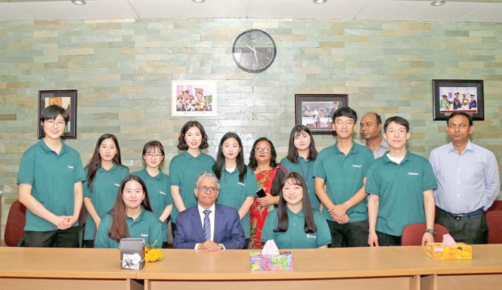 South Korean team  meets DU VC