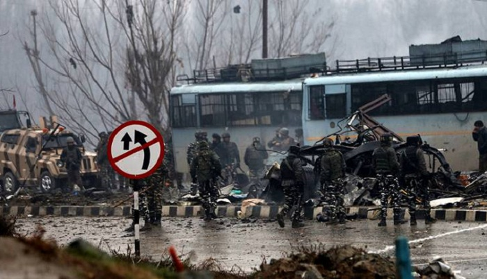 40 Indian soldiers killed in Kashmir military convoy attack